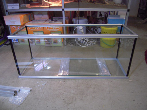 150cm leveät suorakaiteen muotoiset akvaariot